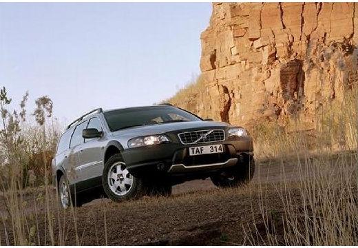 VOLVO V70 XC kombi silver grey przedni prawy