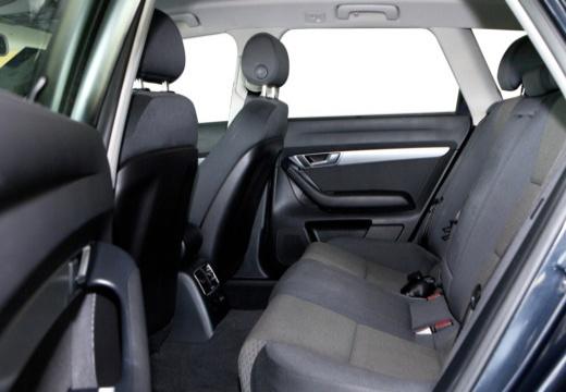 AUDI A6 Avant 4F I kombi czarny wnętrze