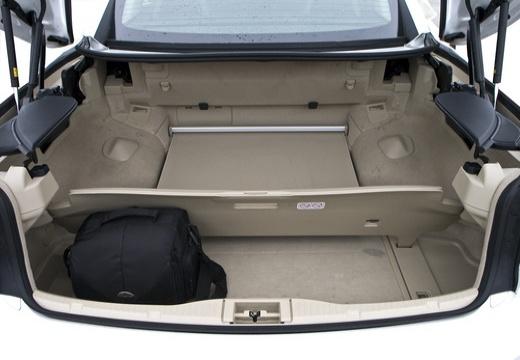 LEXUS IS C kabriolet biały przestrzeń załadunkowa