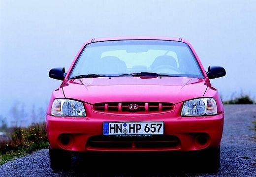 HYUNDAI Accent II hatchback czerwony jasny przedni