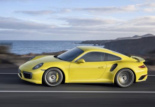 PORSCHE 911 991 II coupe żółty boczny lewy