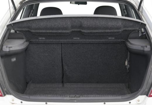 HYUNDAI Accent III hatchback przestrzeń załadunkowa