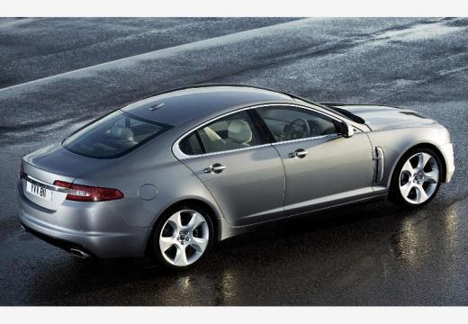 JAGUAR XF I sedan silver grey tylny prawy