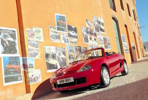 MG TF I roadster czerwony jasny przedni lewy