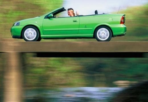 OPEL Astra II Cabriolet kabriolet zielony boczny lewy