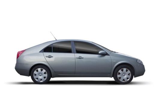 NISSAN Primera V hatchback boczny prawy