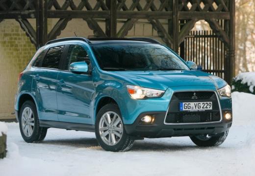 MITSUBISHI ASX hatchback niebieski jasny przedni prawy