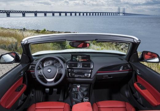 BMW Seria 2 kabriolet tablica rozdzielcza