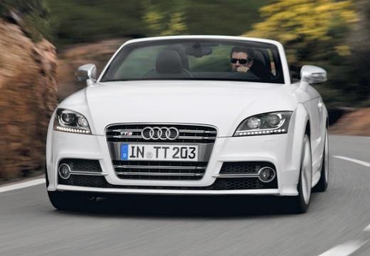 AUDI TT II roadster biały przedni lewy