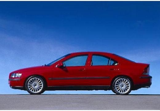 VOLVO S60 I sedan czerwony jasny boczny lewy