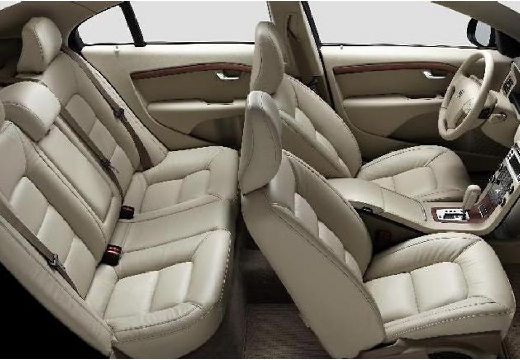 VOLVO S80 sedan wnętrze