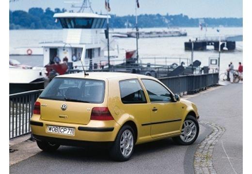 VOLKSWAGEN Golf IV hatchback żółty tylny prawy