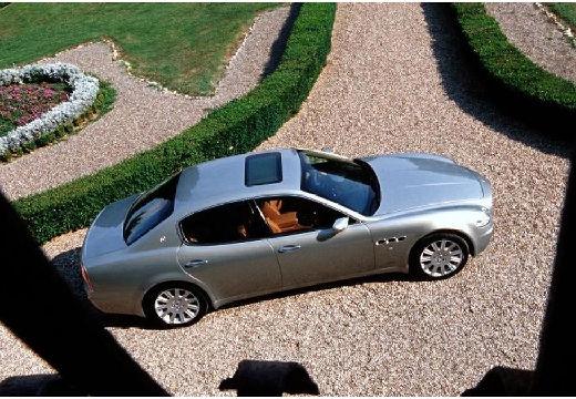 MASERATI Quattroporte II sedan silver grey boczny prawy