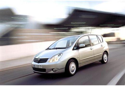 Toyota Corolla Verso I kombi mpv silver grey przedni lewy