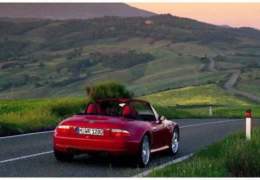BMW Z3 roadster czerwony jasny tylny prawy