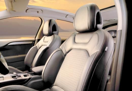 CITROEN C4 III hatchback wnętrze