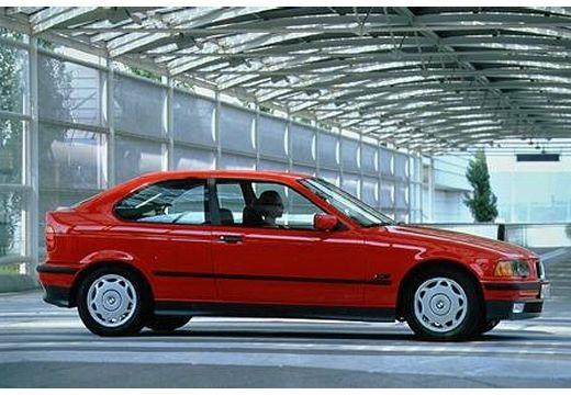 BMW Seria 3 hatchback czerwony jasny boczny prawy