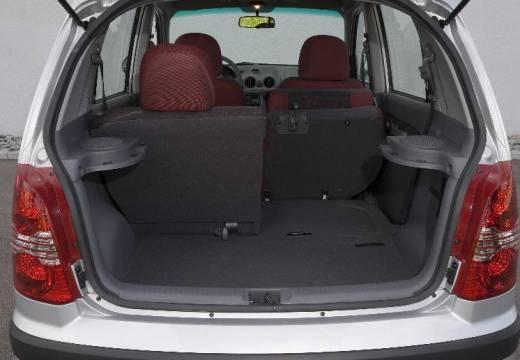 HYUNDAI Atos hatchback silver grey przestrzeń załadunkowa