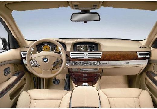 BMW Seria 7 E65 E66 II sedan tablica rozdzielcza