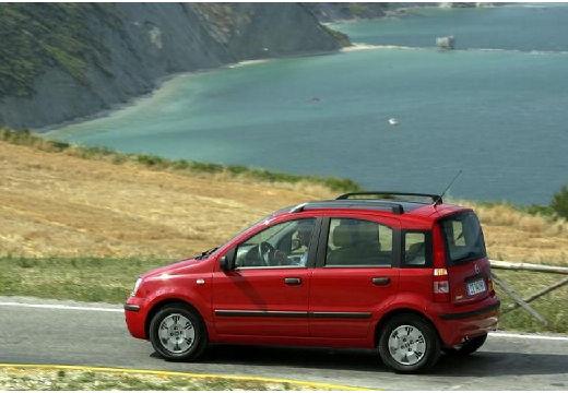 FIAT Panda II hatchback czerwony jasny tylny lewy