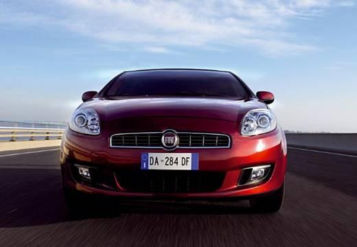 FIAT Bravo II hatchback bordeaux (czerwony ciemny) przedni