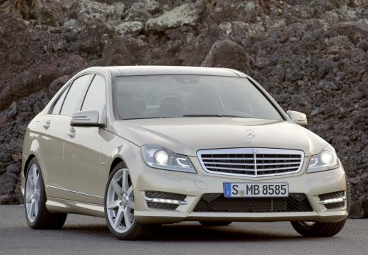 MERCEDES-BENZ Klasa C W 204 II sedan silver grey przedni prawy