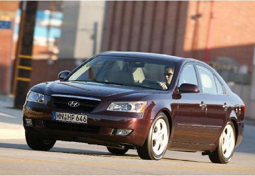 HYUNDAI Sonata sedan bordeaux (czerwony ciemny) przedni lewy