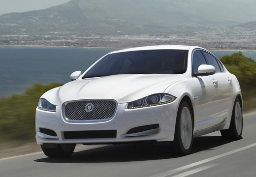 JAGUAR XF 5.0 V8 Premium Luxury Sedan II 385KM (benzyna)