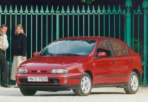 FIAT Brava hatchback czerwony jasny przedni lewy
